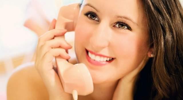 padrone virtuale al telefono