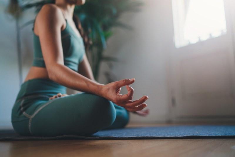 La meditazione in risposta agli stress moderni - secondario_800x534