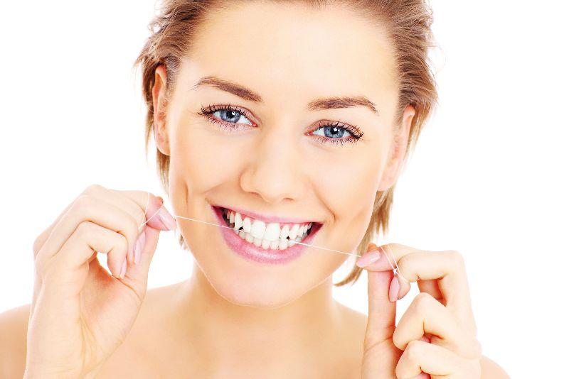Sbiancamento Denti: Costo e Benefici